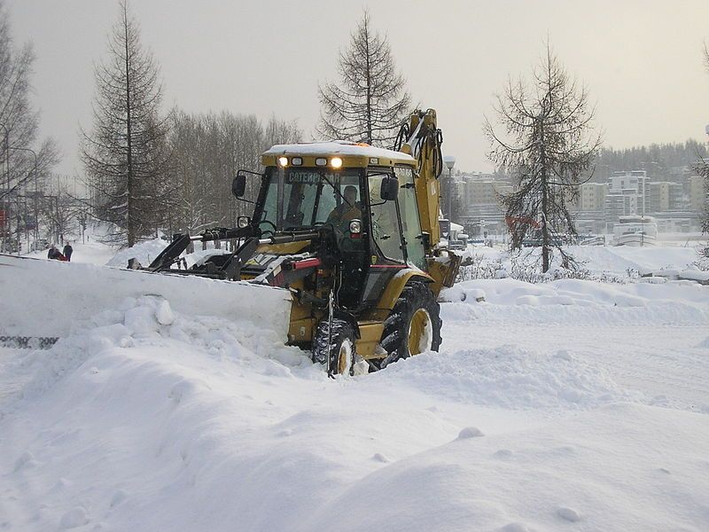 10 Reasons to Hire Snow Management Pros
